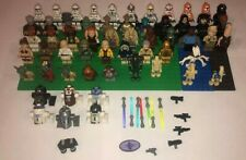 LEGO STAR WARS Lots of 4 Random Mini Figures Droids Weapons