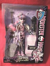 Monster High Scaris City of Frights ROCHELLE GOYLE Doll