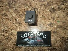04 05 06 07 08 09 TOYOTA PRIUS KEY BUTTON OEM 15A257 YOTA YARD