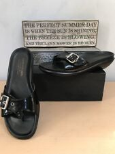 Donald J Plliner (Flip) Women's Black Patent Leather Slides Sandals Size 8M VGUC