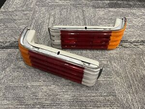 72-80 Mercedes Benz C107 R107 450SL Rear Tail Light Assembly (Left And Right)