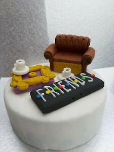 Handmade Sofa,Peep Hole,Name Plaque,Cups Edible Cake Topper friends