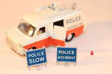 Dinky Toys 287 Ford Transit Police Accident Unit + Accessoires superb model