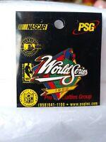 1999 World Series Pin Officially Licensed Baseball NY Yankees Atlanta Braves