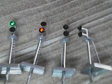 Quattro semafori a led rosso/verde ottimi  per N