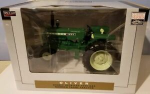 1/16 Oliver 1650 Gas Narrow Front Tractor