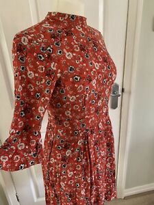 Warehouse Ditsy Floral Dress Fit & Flare Holly Willoughby Style UK 10 - 12 Red