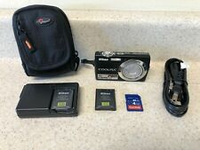 Nikon COOLPIX S220 10.0MP Digital Camera - Graphite black  4gb SD Memory