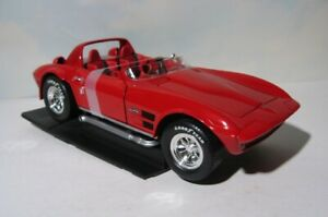 Corvette Racing Test Car Mule   1964 Grand Sport   1:18 Signature  Riverside Red