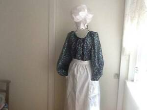 Colonial Dress Calico Print with Pocket Apron and Mop Hat