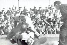 1958 UPI Wire Photo Milwaukee Braves Casey Wise New York Yankees Jerry Lumpe