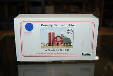 N Scale AMB Wood Laserkit 630 * Country Barn w/Silo