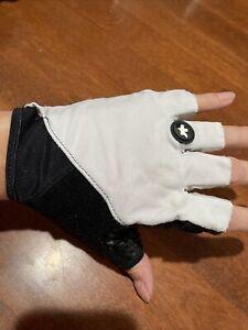 Assos Mens L Cycling Gloves Black White