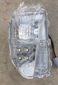 New Toyota Prius 2012-2016 Front Lamp LED OEM No.: 81511-47060 or 81521-47060