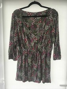 Size 20 Per Una Green Floral 3/4 Sleeve Top
