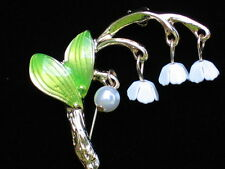 PEARL GREEN WHITE BELL LILY OF THE VALLEY FLOWER PIN BROOCH JEWELRY DANGLE 1.75""