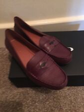 5acd36ad490 Coach Genuine Pebbled Burgundy Leather Size 6