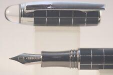Baoer No. 79 Fine Fountain Pen, Black Chequered with Chrome Trim
