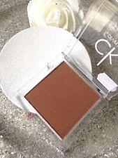 CALVIN KLEIN POUDRE BRONZANTE COMPACT SUN BATHE 7G LONGUE TENUE VALEUR 19 EUROS