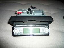 Sony FM/AM MP3 Compact Disc Player with Headunit ~ Model CDX-MP70