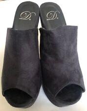 Deliciuos Women/'s Gold Accent Ankle Strap Cork Platform Wedge Sandals NICOYA