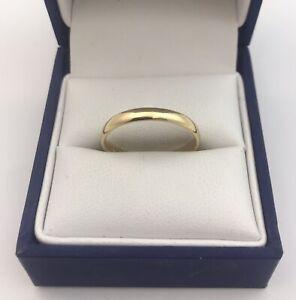 Nice 18ct Gold Wedding Band Ring. Size O1/2      2.47 Grams.  Birmingham 1934