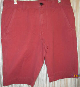 NEW **FOSSIL**  Pre Wash Dark Red 100% Cotton Flat Front Shorts, 31
