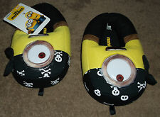 NWT Boys Minions Slippers Size Small (11-12)