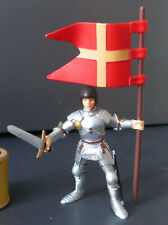 PAPO Knight with Sword and Red & Gold Flag - 2000