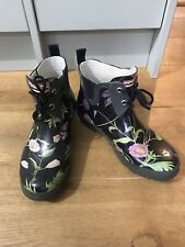 Ladies Hunter Ankle Boots Size5 Flower