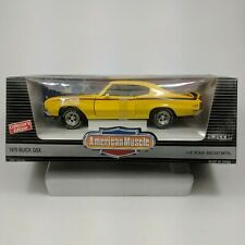 1/18 ERTL American Muscle 1970 Buick GSX Saturn Yellow with Black Stripes 7603