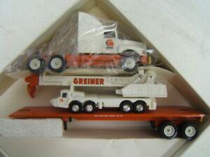 Winross Greiner Industries, Inc. Flatbed w/ Crane 1993 1:64 Diecast MIB
