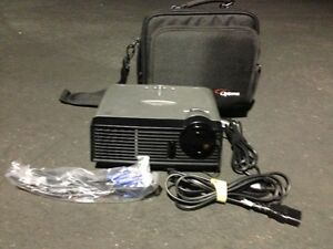 OPTOMA DX605R DLP PORTABLE PROJECTOR, ONLY 115 ORIGINAL HOURS!!