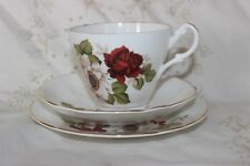 Vintage Royal Ascot Chine Trio Tea Cup soucoupe plate Red & White Rose