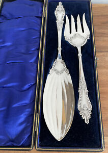 Beautiful Antique Silver Plated Large Fish Servers Original Case ~ Lee & Wigfull
