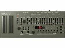 Sintetizzatori e moduli suono Roland per studio e registrazione musicale professionale