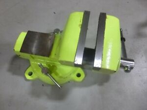 """WILTON 1560 High Visibility 6""""  Combination Vise with Swivel Base"""