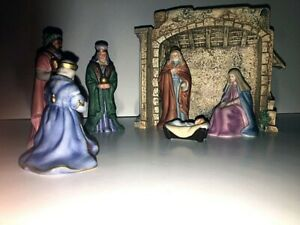 Avon O'Holy Night Nativity Collection -1989 - 7 piece Set