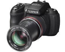 Fujifilm FinePix HS20EXR 16 MP Camera- Plus Filter Kit- Excellent condition
