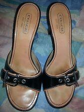 COACH 8.5 M Daryn Black/ BEIGE SIGNATURE BUCKLE SLIP ON Leather SANDALS