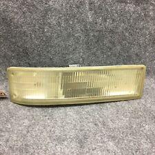 1995-2005 Chevy Astro Van RH Turn Signal Marker Parking Light 16520250 OEM 32946