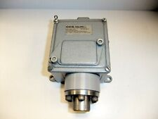 CCS Dual Snap Pressure Switch 604G7-7029