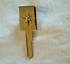 VINTAGE NOS LINCOLN GOLD PLATED TIE CLIP KEY  FITS 1952 THRU 1965
