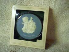 1982 Hallmark Keepsake Ornament Betsey Clark Cameo Trimming Trees Made In Usa