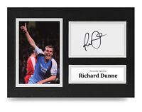 Richard Dunne Signed A4 Photo Display Man City Autograph Memorabilia COA