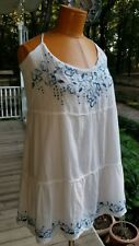 HOLLISTER TUNIC SIZE LARGE  SPAGHETTI STRAPS WHITE/BLUE FLORAL EMBROIDERED NWT