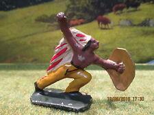 Rare figurine indien à la lance cowboy Quiralu en très bel état