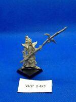 Warhammer Fantasy - Dark Elves - Black Guard Halberdier - Metal WF140