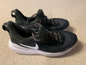 Nike Renew Rival ladies trainers in black/white - size 4