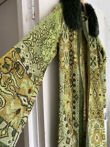 Ladies Vintage coat tapestry fur collar green beautiful handmade lightweight